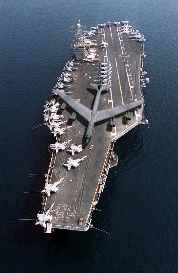 【米軍】朝鮮半島に軍事力集結 北朝鮮をけん制 B1爆撃機飛来、原潜入港も 来週には米空母も寄港[10/11] YouTube動画>13本 ->画像>8枚